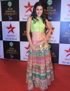 Hiba Nawab at Star Parivaar Awards 2015