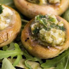 Gefüllte Pilze mit Kräuterbutter