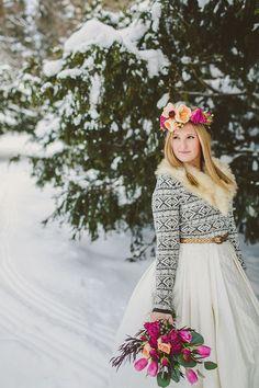 Iarna in culori  Sursa: http://www.pinterest.com/pin/91620173643930737/