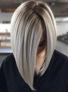 Latest Hair Color, Cool Hair Color, Hair Colors, Latest Hair Trends, Medium Hair Styles, Short Hair Styles, Purple Shampoo For Blondes, Blonde Balayage Bob, Blonde Hair