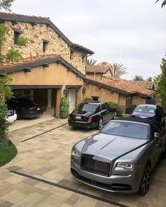 Likes, 119 Comments - Rolls Royce Rolls Royce Wraith, Rolls Royce Phantom, Lamborghini, Ferrari, Dubai, Rolls Royce Cullinan, Rolls Royce Motor Cars, Luxury Garage, Porsche