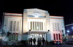 Yogyakarta Akan Memiliki Stasiun Kereta Api Bertaraf Internasional - http://yukdolanjogja.com/wp-content/uploads/2016/04/stasiun-tugu-jogjakarta-1024x670.jpg - http://yukdolanjogja.com/yogyakarta-akan-memiliki-stasiun-kereta-api-bertaraf-internasional/ -  #Internasional, #KAI, #Lempuyangan, #StasiunKeretaApi, #Tugu, #Yogyakarta