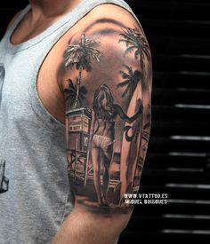 Tatuaje realista Surfer Girl - Miguel Bohigues - V tattoo