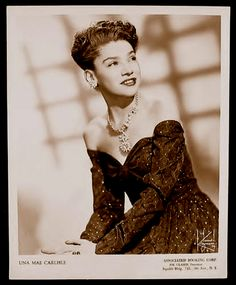 American Jazz Singer , Songwriter, and Pianist. Una Mae Carlisle