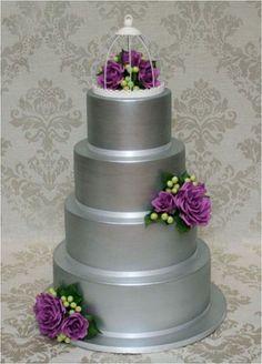 Grey Wedding Theme, Silver Wedding Color Palettes, Grey Wedding Cake, Silver Wedding Cake, Purple Wedding, Purple Flowers, Birdcage