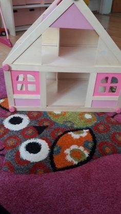 Puppenhaus aus Holz für Mädchen