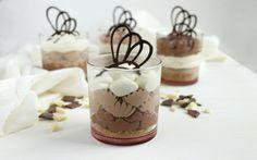 Cheesecake al cioccolato nel bicchiere