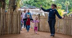 Enjoy a special visit with one of Sacramento Zoo animal ambassadors. Each class will focus on a different theme and will include a mini lesson, fun craft and more. #Sacramento #Kids #Events #ThingsToDo