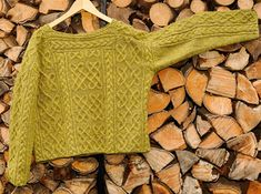 Aran Knit sweater: Cromarty, pattern by Alice Starmore published in the Celtic Collection. Knit by RuebeRuebe, on Ravelry