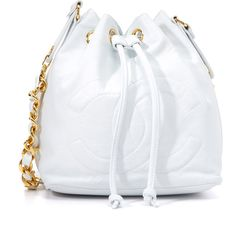 What Goes Around Comes Around Chanel CC Bucket Bag (Previously Owned) (12.020 BRL) ❤ liked on Polyvore featuring bags, handbags, quilted leather purse, chain strap purse, quilted handbags, strap purse and quilted purses