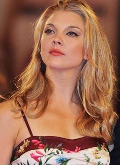 your brand new source for everything Natalie Dormer. Here you will find a variety of posts dedicated to her acting career in various tv shows and movies, her wonderful personality and her undeniable beauty. Beautiful Celebrities, Beautiful Actresses, Gorgeous Women, Beautiful People, Natalie Domer, Margaery Tyrell, Blond, Female Stars, Amy