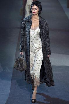 Louis Vuitton Fall 2013 Ready-to-Wear Fashion Show - Bregje Heinen