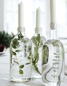 Handmade Home Decor Beautiful table decoration. Decorate glass bottles with aquatic plants. Easy Home Decor, Handmade Home Decor, Cheap Home Decor, Classic Home Decor, Do It Yourself Decoration, Deco Floral, Flower Arrangements, Table Arrangements, Diy And Crafts