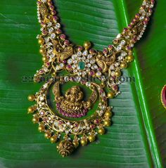 Jewellery Designs: Pachi Ruby Necklace with Peacocks
