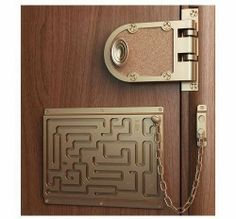 Image shared by Casa Linda Brasil. Find images and videos about funny, humor and decoration on We Heart It - the app to get lost in what you love. Objet Wtf, Door Chains, 3d Prints, Cool Inventions, Door Locks, Just In Case, Door Handles, Door Knobs, Haha