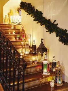 christmas staircase with garland and lanterns. Christmas Staircase, Christmas Lanterns, Merry Christmas, Christmas Love, Christmas And New Year, Winter Christmas, All Things Christmas, Christmas Crafts, Christmas Decorations