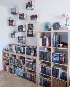 ideas home library ideas diy bookshelves interior design Home Library Design, Home Design, Library Ideas, Bookshelves In Bedroom, Bookshelf Wall, Small Bookshelf, Bookshelf Design, Apartment Bookshelves, Ideas For Bookshelves