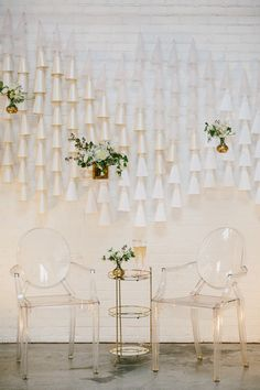 Modern white and pink wedding ideas | Photo by Bethany Michaela | Read more - http://www.100layercake.com/blog/2015/03/02/modern-white-a…-wedding-ideas/