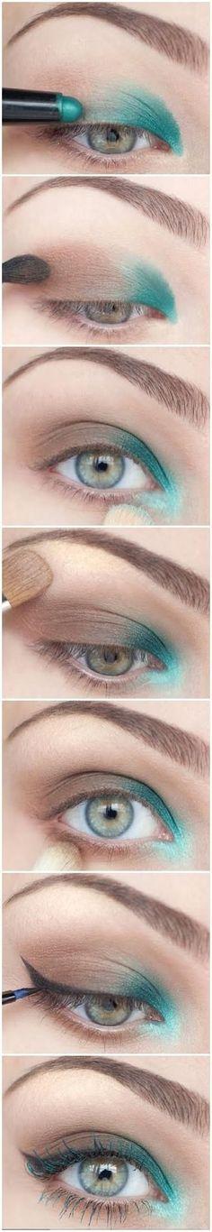 Spring Reverse Smokey Eye w/ Teal by Naghma