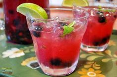 How To Make Blueberry Ginger Mojitos