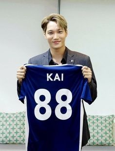 """KAI becomes Global director of English football club 'Chelsea Rovers' currently selling jerseys as part of the """"Say no to Racism"""" new campaign. Bts And Exo, Exo Kai, Baekhyun, Club Chelsea, Korean K Pop, Kaisoo, Kim Jong In, Shake It Off, Yixing"""