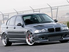 2001 BMW 325I E46 --> Check out THESE Bimmers!! http://germancars.everythingaboutgermany.com/BMW/BMW.html