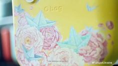 La artista Lesia Nedzelska interviene para FullSpot Ucrania estos hermosos O bag con elementos florales y figuras artísticas.  www.Obag.com.co