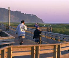 This half-mile long boardwalk is built over grassy dunes in Long Beach, WA, and offers great views of the beach and Pacific Ocean, sans the sand.