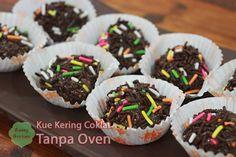 Resep Kue Kering Cokelat Tanpa Oven Sushi, Cake Recipes, Oven, Muffin, Cookies, Meat, Breakfast, Ethnic Recipes, Food