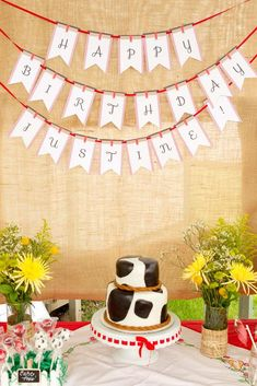 A Farm Party Fit for a Cowgirl | CatchMyParty.com
