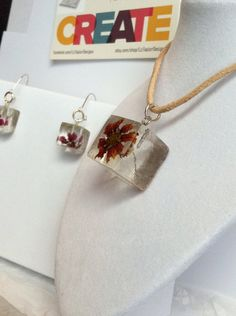 Jewelry set Resin and flower elegant earrings and pendant. Unique and one of a kind! on Etsy, $49.41