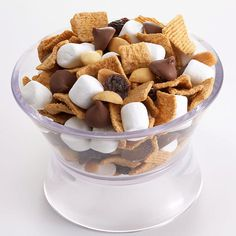 Blaze-a-Trail Mix Can't wait for the campfire? Take your s'mores to go. Combine honey graham cereal, puffy marshmallows, and chocolate chips to make a tasty road trip snack! Blaze-a-Trail Mix Makes: 10 servings Yield: 10 (1/2-cup) servings Start to Finish: 10 mins