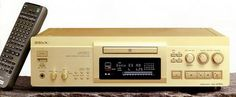 SONY MDS-JA30ES (launched August 1997)
