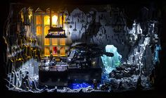 A Very Impressive Lego Batman Batcave - Dark Knight Rises Lego Batman Dark Knight, Batman Batcave, Joker Two Face, Batman History, Nolan Film, Lego Display, Display Ideas, Talia Al Ghul, Lego Knights