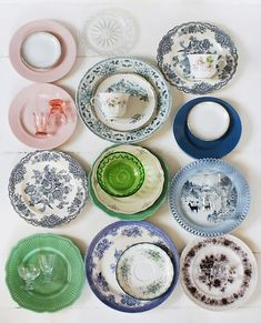 phootgrapherMatt Armendariz. as i start to brainstorm about my thanksgiving table setting, i got to thinking about dishes and how decorative and pretty they can be. i have all white plates these da...