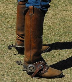 Boots n spurs 2009 Festival of the West, Scottsdale, Az. Cowboy Spurs, Cowboy Gear, Cowboy And Cowgirl, Spurs Western, Custom Cowboy Boots, Western Boots, Western Tack, Buckaroo Boots, Wade Saddles