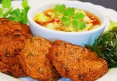 Spicy fried fish cakes (Tod Man Plaa) » Thai food Recipes