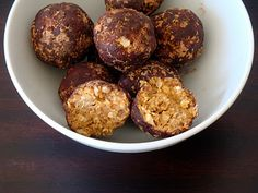 These Healthy Peanut Butter balls are sooo easy and delicious! (I think they are best frozen overnight)