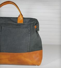 Canvas & Leather Large Carryall Bag   BAGS & ACCESSORIES