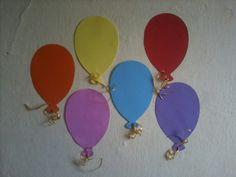 Balões de E.v.a. Altura: 24 cm Valor: 1.00 R$ cada.