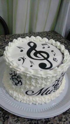 Music Birthday Cakes, Music Themed Cakes, 13 Birthday Cake, Music Cakes, Violin Cake, Bolo Musical, Music Note Cake, Buttercream Cake Designs, Piano Cakes