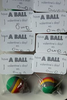 totally making these for my little kindergartners for Valentine's Day.