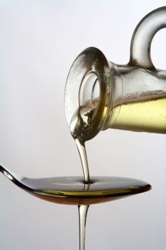 Con l'olio di oliva la piramide alimentare ha solide basi