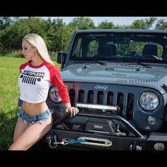 Jeep girls page Jeep Wrangler Girl, Jeep Tj, Jeep Truck, Jeep Wrangler Unlimited, Wrangler Rubicon, Jeep Wranglers, Trucks And Girls, Car Girls, Jeep Baby