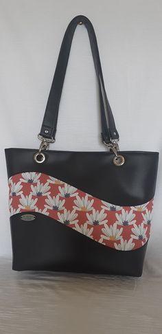 Sac Samba double vague fleuri et simili noir cousu par La fabrique d'Emilie - Patron de sac Sacôtin