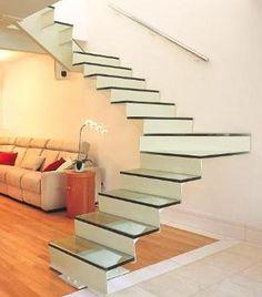 Lorena Cavalcanti: Escadas ganham novos formatos e acabamentos