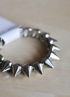 Kup mój przedmiot na #vintedpl http://www.vinted.pl/akcesoria/bizuteria/10079428-nowa-bransoletka-kolce-srebrne-na-gumce