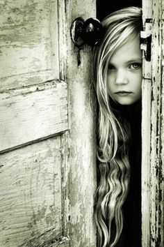 Beautiful little girl! http://media-cache5.pinterest.com/upload/183099541069795700_cT9OzT7f_f.jpg kcollins1 photos i love