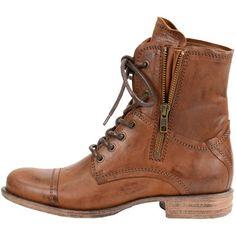 4886b3bf1aa65a Coole braune Stiefeletten von Sacha. Diese Schuhe haben eine Schnürung und  einen zusätzlichen Reißverschluss - ab 109