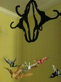 A Childhood List: Plastic Hanger Mobile (With Fused Plastic Cranes) Mobiles, Diy Craft Projects, Diy Crafts, Craft Ideas, Decor Ideas, Plastic Bag Crafts, Plastic Bags, Fused Plastic, Crane Mobile